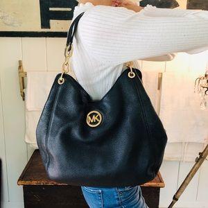 ♥️ Michael Kors ♥️ Black Leather Shoulder Bag